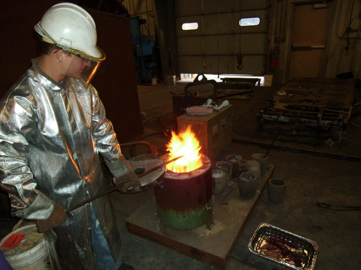 metal casting photo